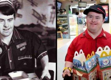לאחר שעבד 32 שנים במקדונלדס הבחור הזה בעל תסמונת דאון פורש מעבודתו