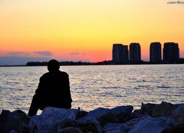 האם הרשתות החברתיות גורמות לנו להיות בודדים יותר?