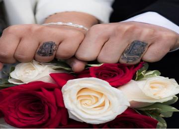 21 זוגות שויתרו על טבעות הנישואין שלהם עבור קעקוע, וזה נראה מדהים!