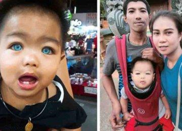 הילד התאילנדי הזה עדיין לא התחיל לדבר אבל יש לו עשרות אלפי מעריצים וכל זאת בגלל צבע עיניו המיוחדות