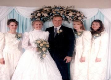 """גואל רצון סטייל אמריקה: גבר מ""""יוטה"""" נישא ל5 נשים והוא מראה איך זה לחיות בפוליגמיה"""